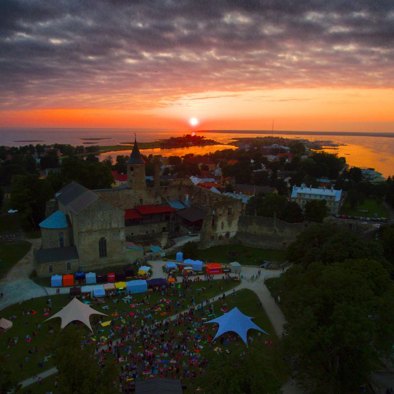 YOGA Festival (joogafestival) 2016 in Haapsalu, Estonia. What is YOGA with Geoff Brooks