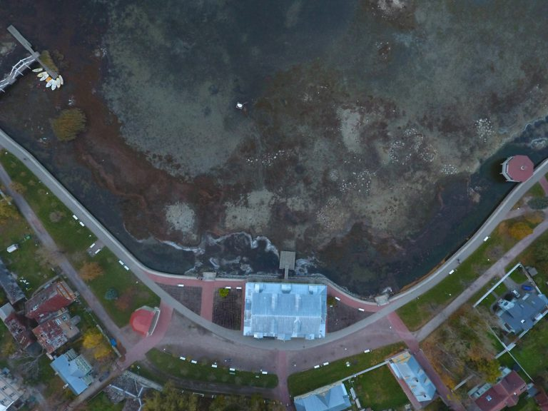 Drone Footage: Haapsalu Promenade Low Water Level – October vs August
